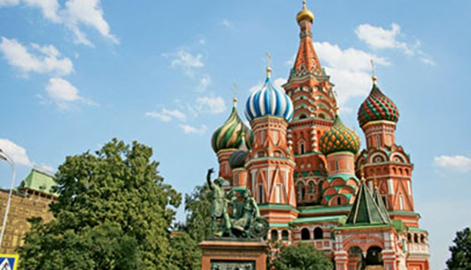 Russia river cruises, tours taking hit amid Ukraine tensions