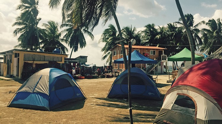 Many of the tourist islands offered accommodations in tents for $150 per person, per night, double occupancy.
