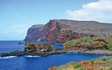 Lanai's Kaunolu district, on the island's southernmost tip, was once such a desirable location that King Kamehameha, the first chief to rule over all the Hawaiian Islands, had a summer home there and enjoyed fishing offshore from the destination's towering sea cliffs.
