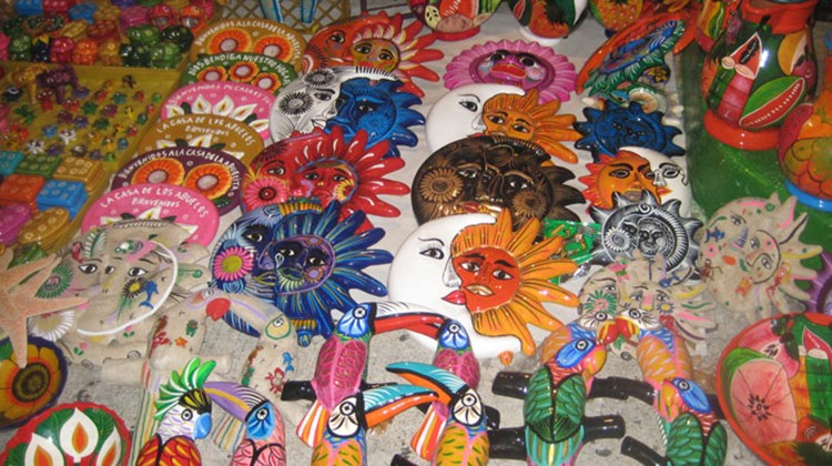 Arts and crafts on sale at a traditional Mexican mercado. TW photo by Gay Nagle Myers