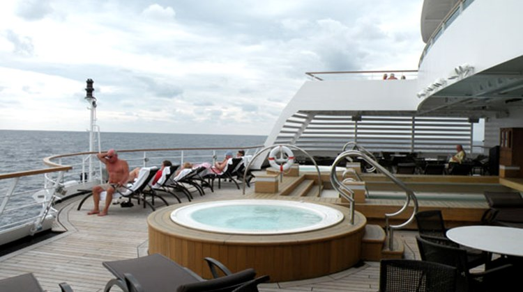 The second pool and two whirlpools on Deck 5.
