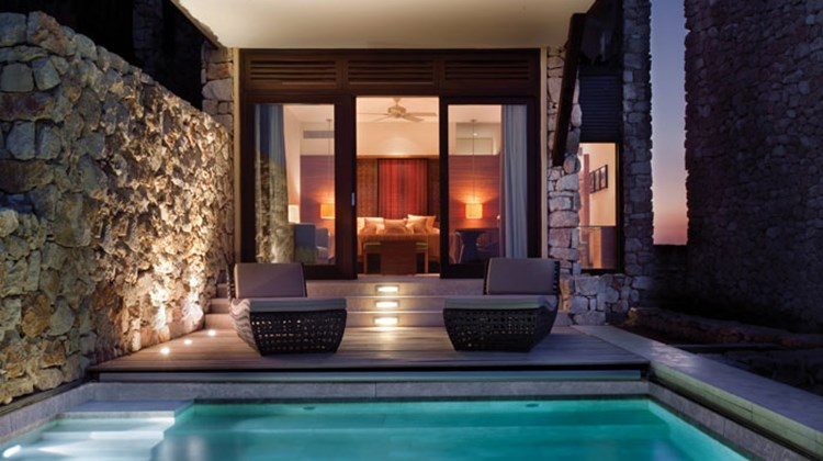 A private plunge pool at the Beresheet.
