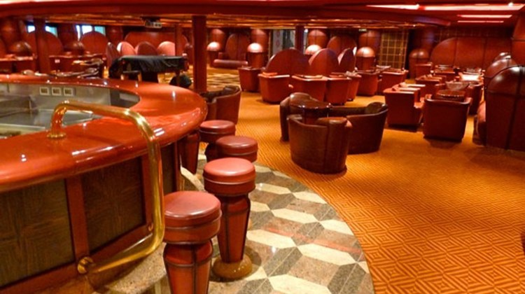A haven for cigar lovers, the Robusto Bar seats 147 on aft Deck 4.  Photo by Peter Knego/www.maritimematters.com