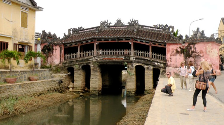 The Japanese Bridge in Hoi An was built in the 1500's.