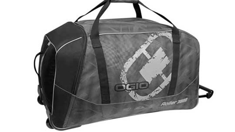 The two-wheel Ogio Roller 7800 is a heavy-duty carryall that boasts easy access to its large main compartment, as well as a capacious end pocket for stowing extra gear. A reinforced bottom adds stability and heft (the bag weighs seven pounds). Heavy-duty shoulder straps with adjustable closure, convenient end handles for easy transport, a telescoping pull handle and five color themes to choose from complete the picture.