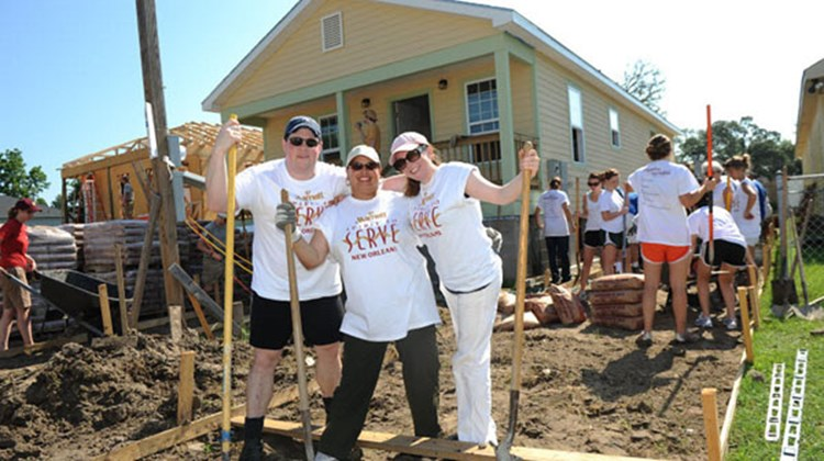 Marriott International associates help rebuild New Orleans neighborhoods.