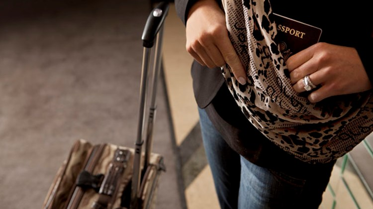 What's New What's Hot is Travel Weekly's look at useful and fun travel gadgets, edited by Joe Rosen. First up, the Sholdit Clutch Bag, which can be unfurled into a shoulder wrap worn across your body or, more in keeping with fashion trends, as an infinity scarf draped around the neck. This functional, 3-in-1 accessory includes a hidden, zippered pocket for storing necessities, which allows you to leave a handbag at the hotel for evenings out.