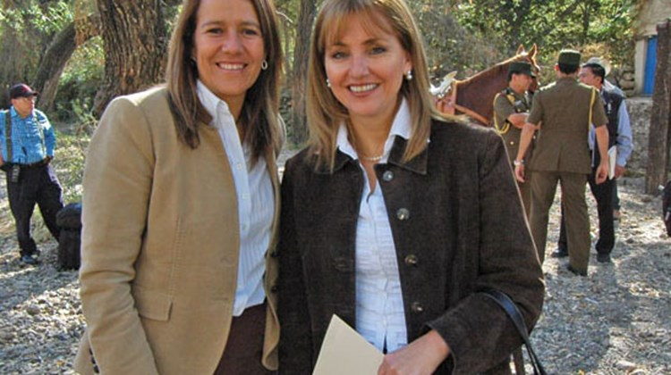 Mexico's first lady, Margarita Zavala, and Secretary of Tourism Gloria Guevara in Tequila. TW photo by Arnie Weissmann
