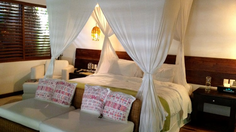 The canopy bed in a jungle villa