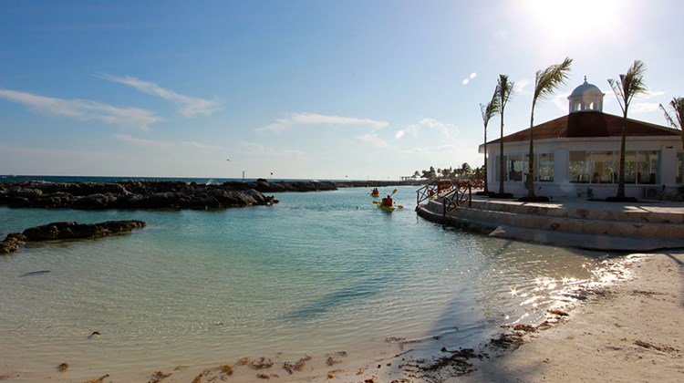 The property's private beach, which spans its entire coastline, incorporates white sand taken from Isla Mujeres.
