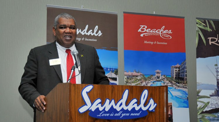 Gary Sadler, Sandals' senior vice president of sales for North America, spoke during a Sandals-hosted lunch.