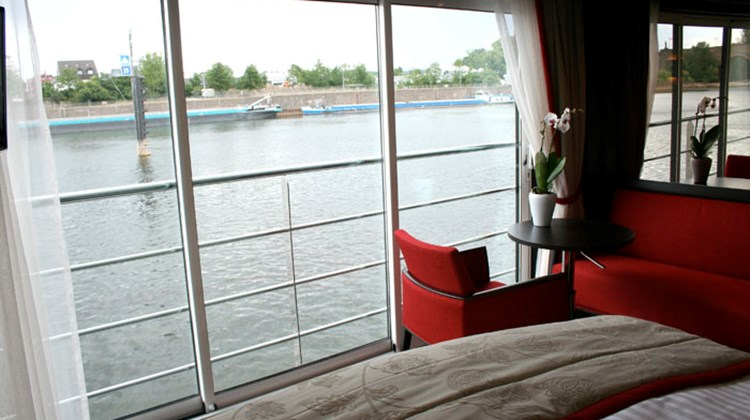 Travel Weekly's Michelle Baran sailed aboard the new Avalon Panorama between Frankfort, Germany, to Amsterdam. In the following photos, Michelle takes us on a tour of the new ship, starting with the newly designed staterooms, or Panorama Suites, shown here.