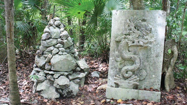Hiking trails at Cenote Azul featured Mayan inspired decorations.