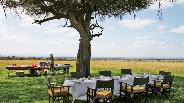 Breakfast in the bush, a typical treat offered by luxury safari camps. Sanctuary Olonana prepared this one.