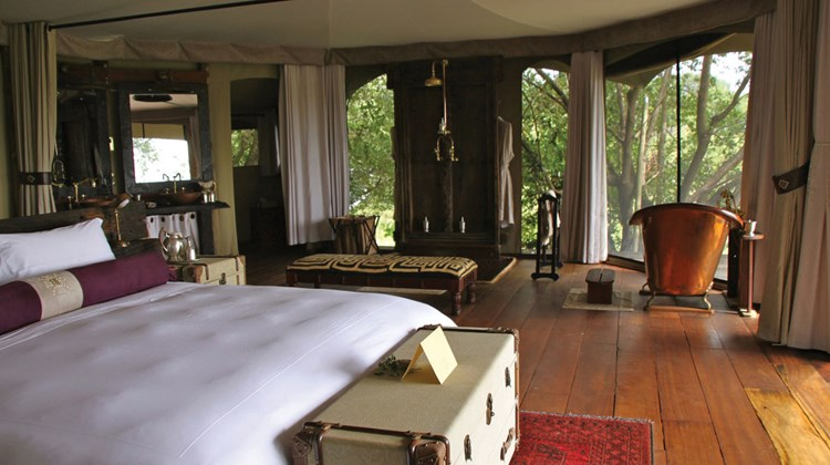 Travel Weekly contributor Nadine Godwin recently participated in a press tour, hosted by the Kenya Tourism Board, with support from local tour operators, hoteliers and other suppliers. The itinerary focused heavily on game areas south of Nairobi. The following photos show samples of fine accommodations and services in Kenya, as well as some typical sightings for the region. Pictured here, a spacious Mara Plains guest tent with a claw-footed bathtub at the far end. Photos by Nadine Godwin