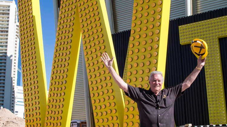 "Founder and CEO of Westgate Resorts David Siegel stands in front of the ""W"" that will be placed on the Westgate Las Vegas Resort & Casino's marquee. Westgate recently bought the hotel, the former Las Vegas Hotel & Casino (originally the Las Vegas Hilton). The marquee letters are the largest in Las Vegas at 20 feet and one inch."