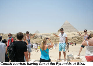 Contiki group at pyramids