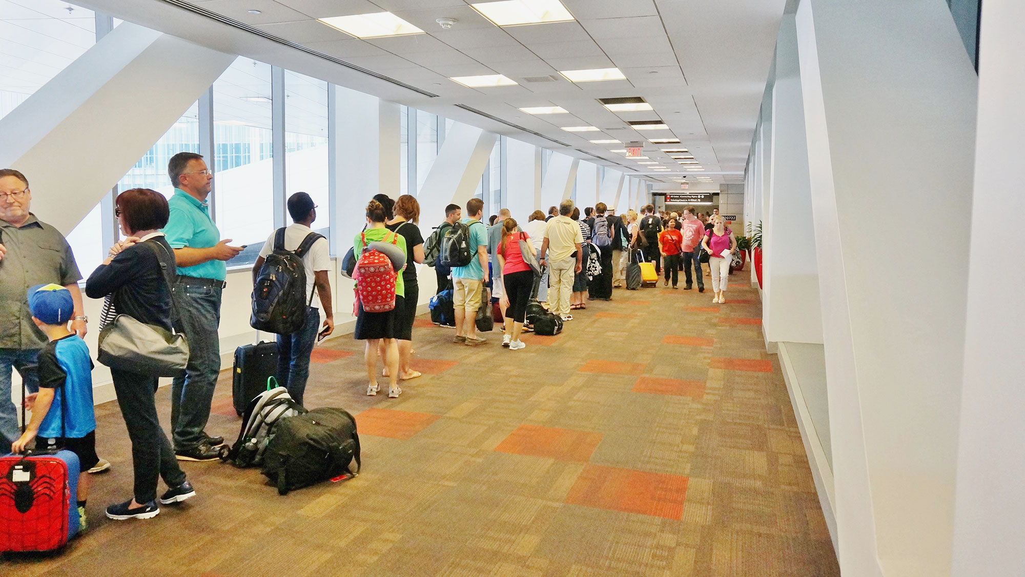 as airport lines grow, tsa is under siege